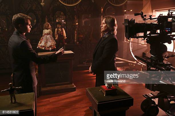 TIME Souls of the Departed nROBBIE KAY ROBERT CARLYLE datg20160307