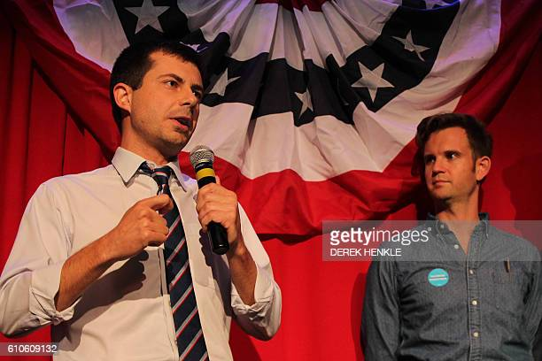 Sound Bend Indiana Mayor Peter Buttigieg talks about Republican Vicepresidential candidate Mike Pence in front of potential voters at a Hillary...