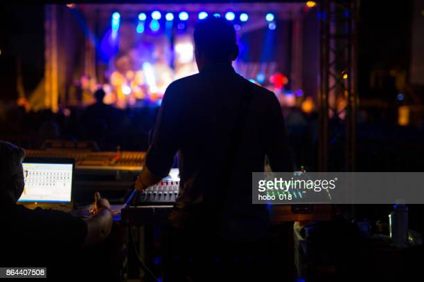 sound technician at music festival - stage set stock pictures, royalty-free photos & images