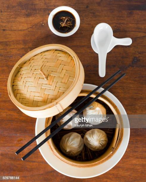 soup dumplings - lauryn ishak stock pictures, royalty-free photos & images