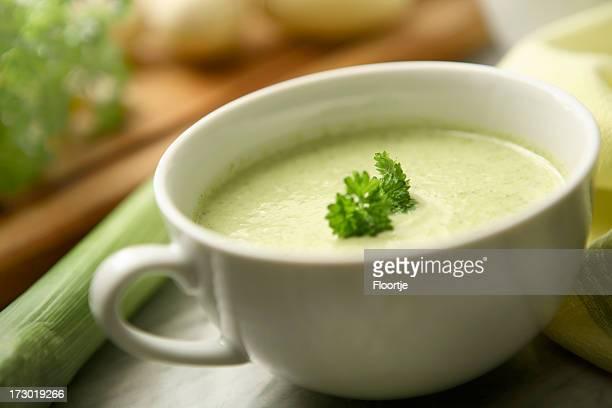 Sopa de imágenes fijas: Puerro y sopa de patata