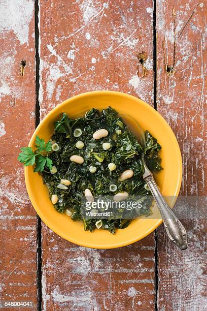 Soup with kale, canellini beans and conchiglie noodles