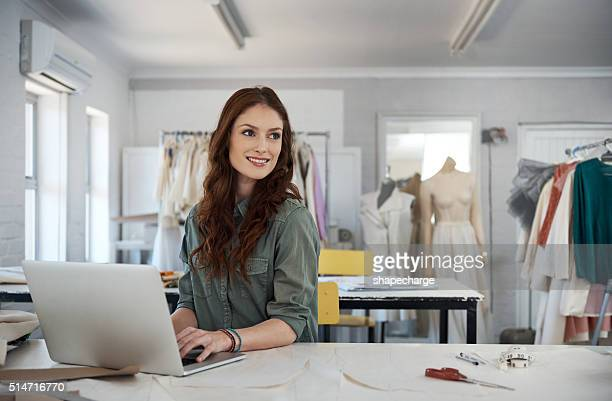Sourcing new clothing patterns online