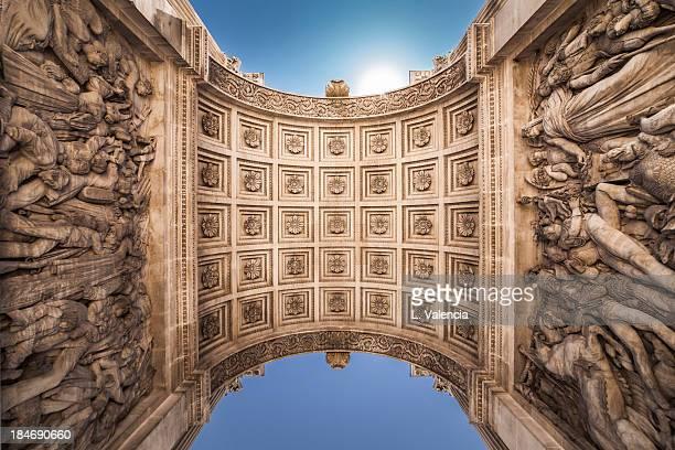 sous la porte d'aix / under the aix gate (marseill - aix en provence stock pictures, royalty-free photos & images