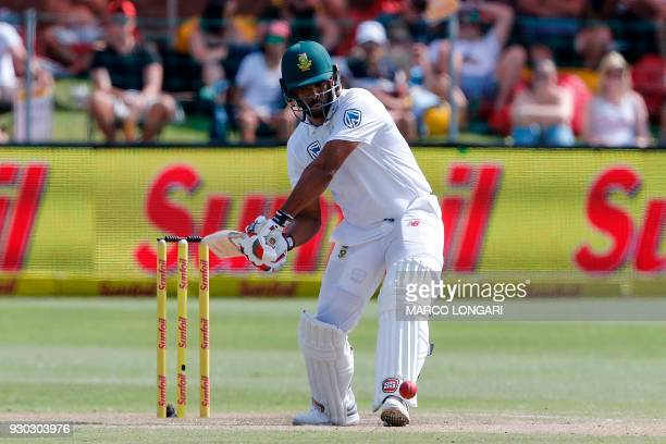 South Africa batsman Vernon Philander plays a shot during day three of the second cricket test match between South Africa and Australia at St Georges...
