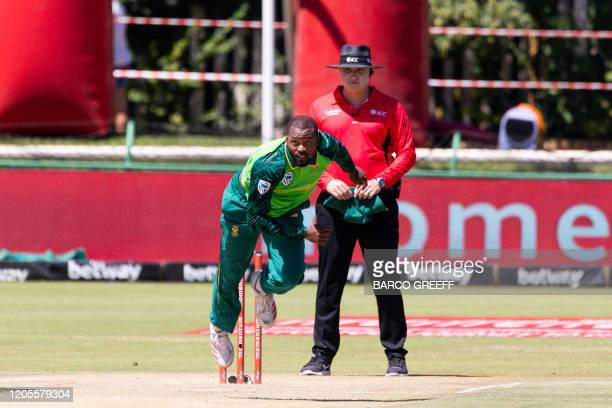 South Africa bowler Andile Phehlukwayo delivers a ball during the 3rd ODI between South Africa and Australia at Senwes Park on March 7, 2020.