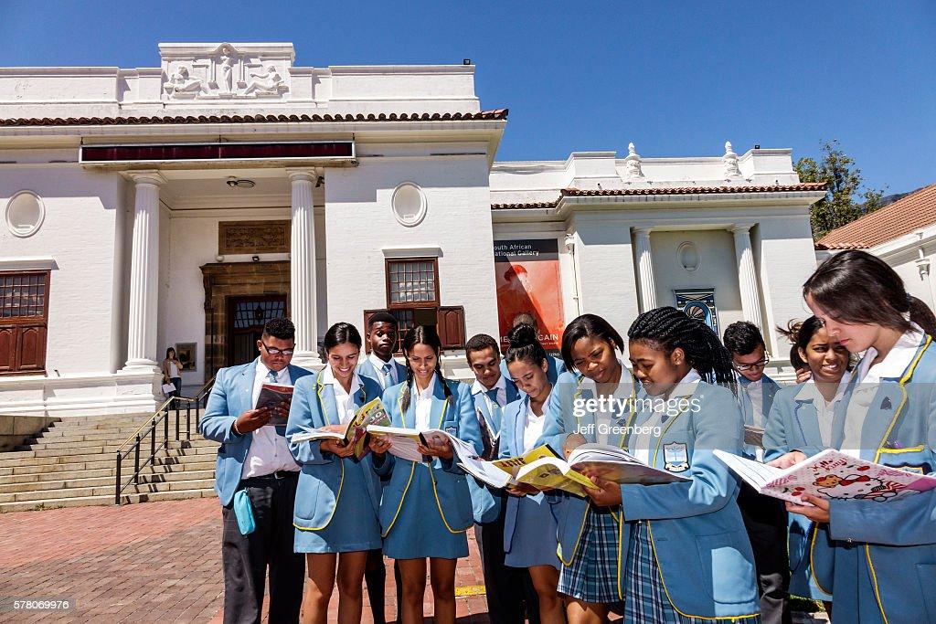 National Gallery student school uniform friends Gardens Commercial High School : News Photo