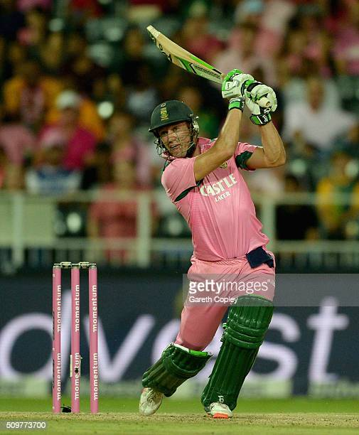 South Africa captain AB de Villiers bats during the 4th Momentum ODI between South Africa and England at Bidvest Wanderers Stadium on February 12...
