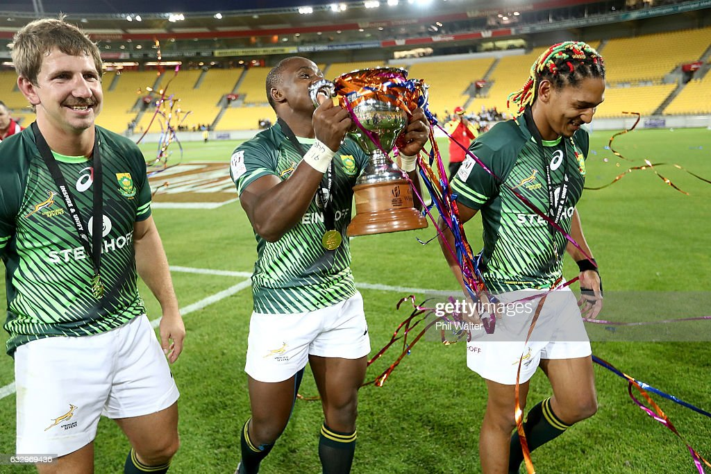 South Africa celebrate following the gold medal final match between Fiji and South Africa during the 2017 Wellington Sevens at Westpac Stadium on January 29, 2017 in Wellington, New Zealand.
