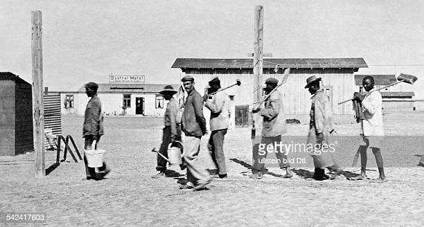 South Africa German Colony typhus epidemic in Swakopmund desinfection crew on their way to work march 1902