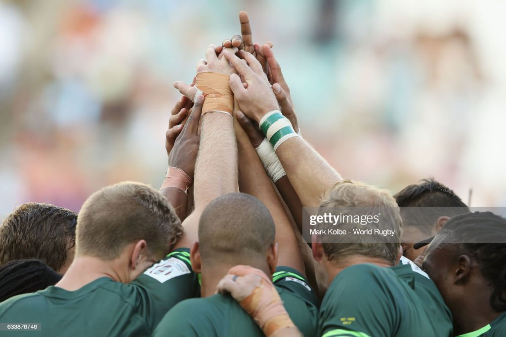South Africa players prepare for kick-off in the Cup Final match between England and South Africa in the 2017 HSBC Sydney Sevens at Allianz Stadium on February 5, 2017 in Sydney, Australia.