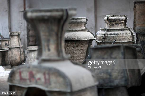 South Africa, Pots and molds in pot factory