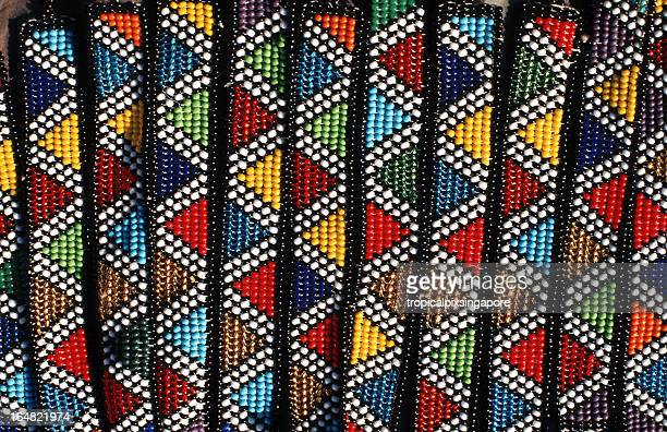 南アフリカ、伝統的なのズールービーズ飾り。 - ダーバン ストックフォトと画像