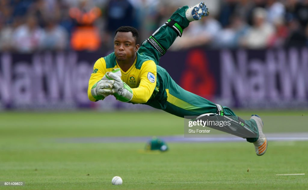 South Africa wicketkeeper Mangaliso Mosehle drops a catch off England batsman Jason Roy during the 3rd NatWest T20 International between England and South Africa at SWALEC Stadium on June 25, 2017 in Cardiff, Wales.