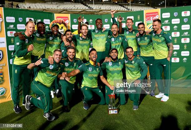 South Africa with the series trophy after the 5th Momentum ODI match between South Africa and Sri Lanka at PPC Newlands on March 16 2019 in Cape Town...