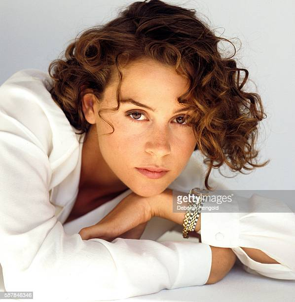 South African actress Embeth Davidtz poses for a portrait in September 1993 in Los Angeles California