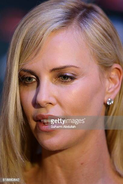 South African and American actress Charlize Theron attends The Huntsman Winter's War Premiere at Universal Studios Singapore on April 3 2016 in...