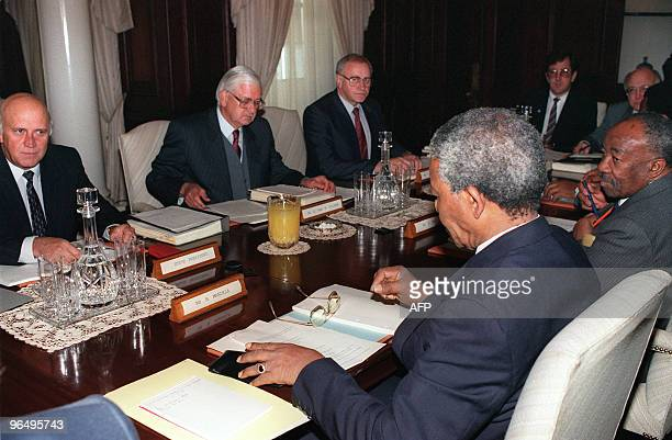 South African antiapartheid leader and African National Congress member Nelson Mandela leader of the ANC delegation holds talks 06 August 1990 in...