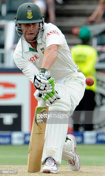 South African batsman Abraham Benjamin de Villiers plays a stoke from England bowler Graeme Swann during the third day of the fourth Test match...