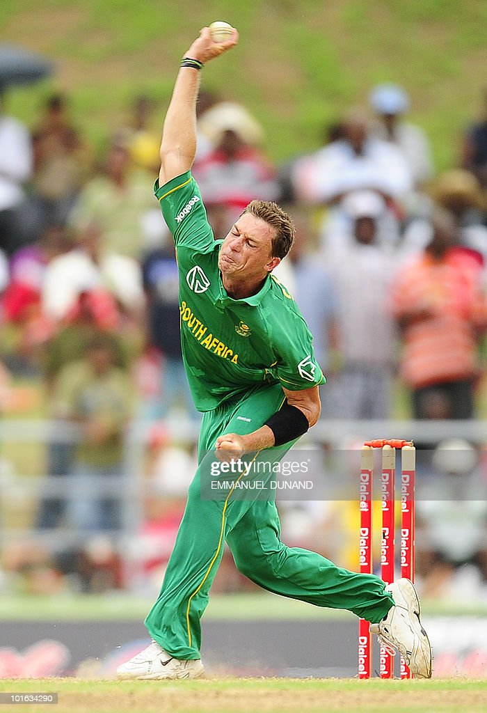 South African bowler Dale Steyn delivers a ball during the third ODI between the West Indies and South Africa on May 28, 2010 at Windsor Park in Roseau, Dominica. South Africa won by 67 runs to win the five match series with a lead of 3-0 and two matches to go. AFP PHOTO/Emmanuel Dunand