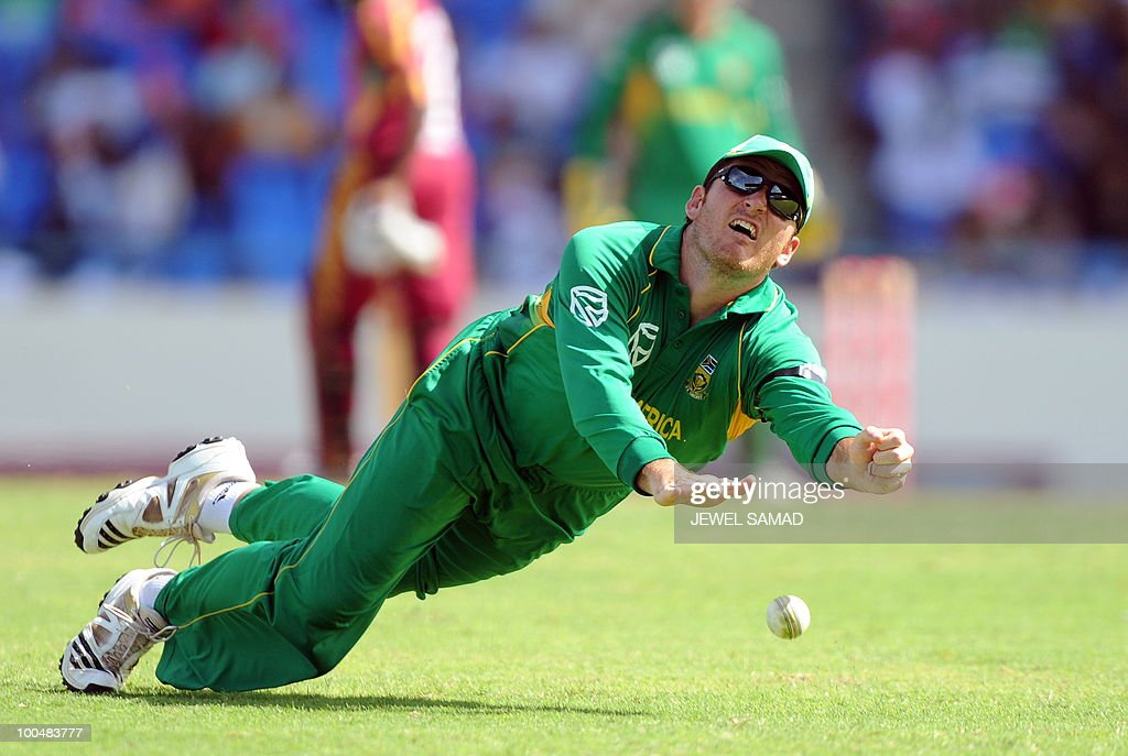 South African cricket team captain Graeme Smith fails to grip a catch to dismiss West Indies batsman Dale Richards during the second One Day International match between West Indies and South Africa at the Sir Vivian Richards Stadium in St John's on May 24, 2010. Batting first, South Africa scored 300-runs at the end of their innings. AFP PHOTO/Jewel Samad