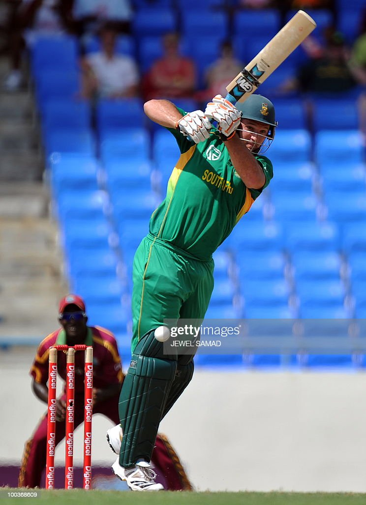 South African cricket team captian Graeme Smith plays a shot off West Indies bowler Ravi Rampaul during the start of the second One Day International match between West Indies and South Africa at the Sir Vivian Richards Stadium in St John's on May 24, 2010. AFP PHOTO/Jewel Samad