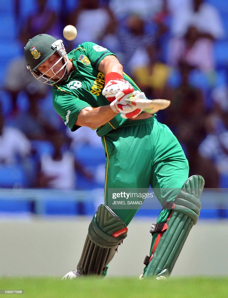 South African cricketer Jacques Kallis hits a boundary off West Indies bowler Dwayne Bravo during the second One Day International match between West Indies and South Africa at the Sir Vivian Richards Stadium in St John's on May 24, 2010. Kallis scored 85-runs before being dismissed. AFP PHOTO/Jewel Samad