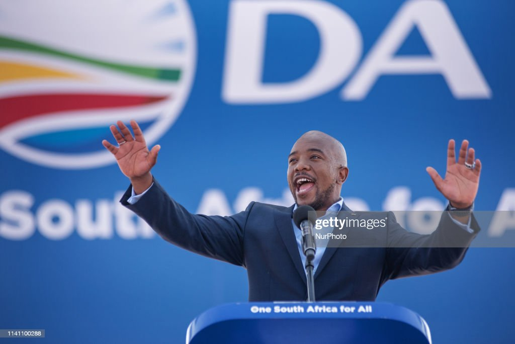 'Democratic Alliance' Party Rally In Johannesburg : News Photo