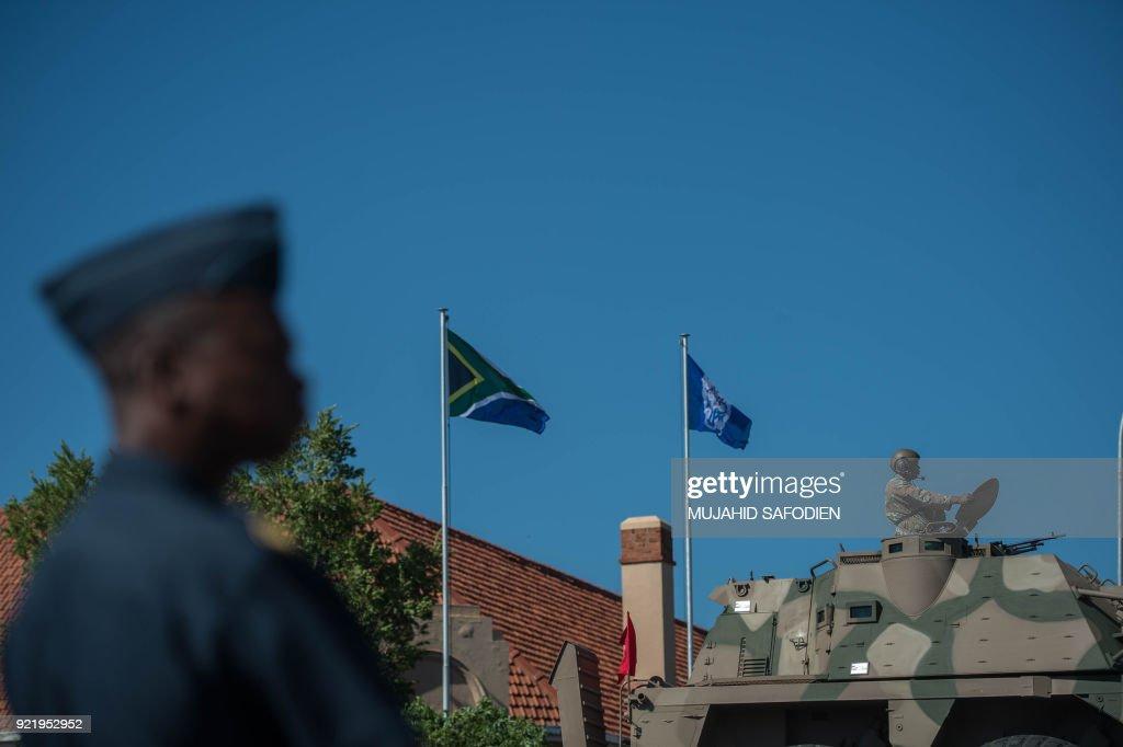 SAFRICA-POLITICS-DEFENCE : News Photo