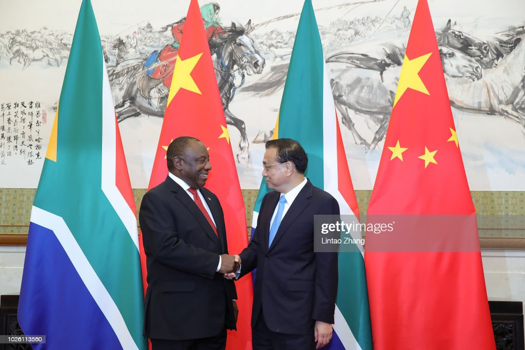 south african president meets chinese premier li keqiangの写真および