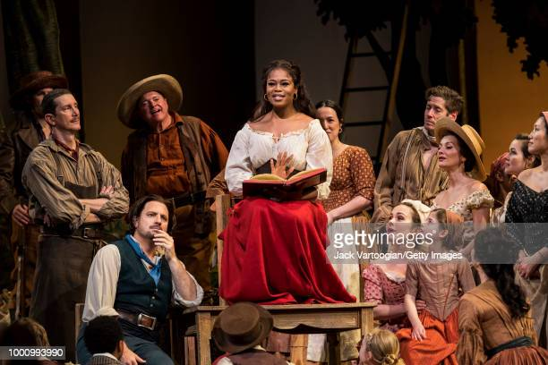 South African soprano Pretty Yende and American tenor Matthew Polenzani along with the company perform at the final dress rehearsal prior to the...