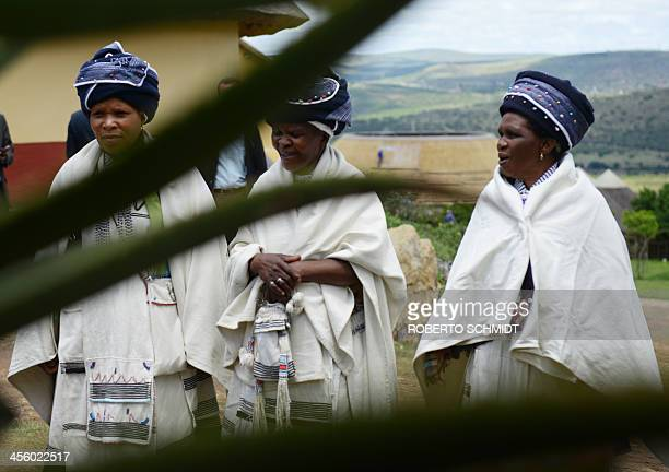 South African woman belonging to the Thembu clan arrive in Mvezo to participate in a memorial service for South African former president Nelson...