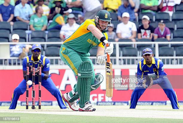 South Africa's batsman Graeme Smith plays a shot during the fifth One Day International match between South Africa and Sri Lanka at Wanderers Stadium...