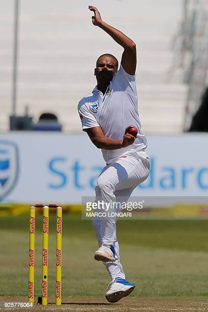 South Africa's bowler Vernon Philander delivers a ball during day one of the first Sunfoil Test between South Africa and Australia at Kingsmead...