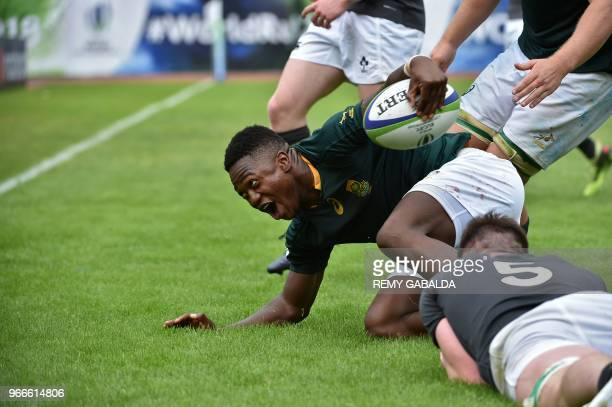 South Africa's center Wandisile Simelane reacts after scoring a try during the World Rugby U20 Championship match South Africa vs Ireland at the Parc...
