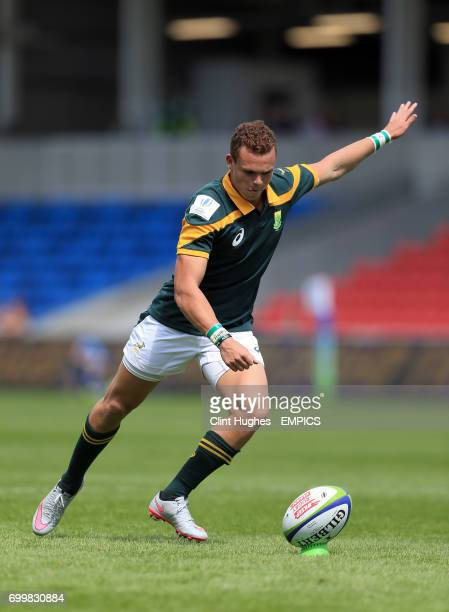 South Africa's Curwin Bosch kicks a conversion