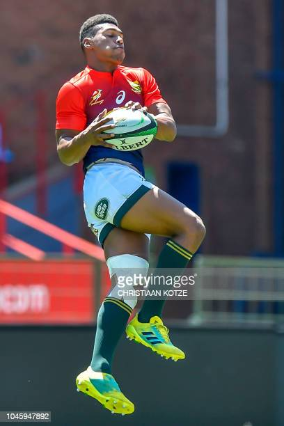 South Africa's Damian Willemse takes part in a training session at the Loftus Versfeld Stadium in Pretoria on October 05 on the eve of the Rugby...