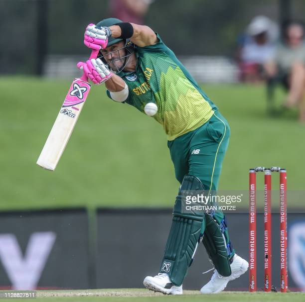 South Africa's Faf du Plessis plays a shot during the second oneday international ODI cricket match South Africa versus Sri Lanka at the Centurion's...