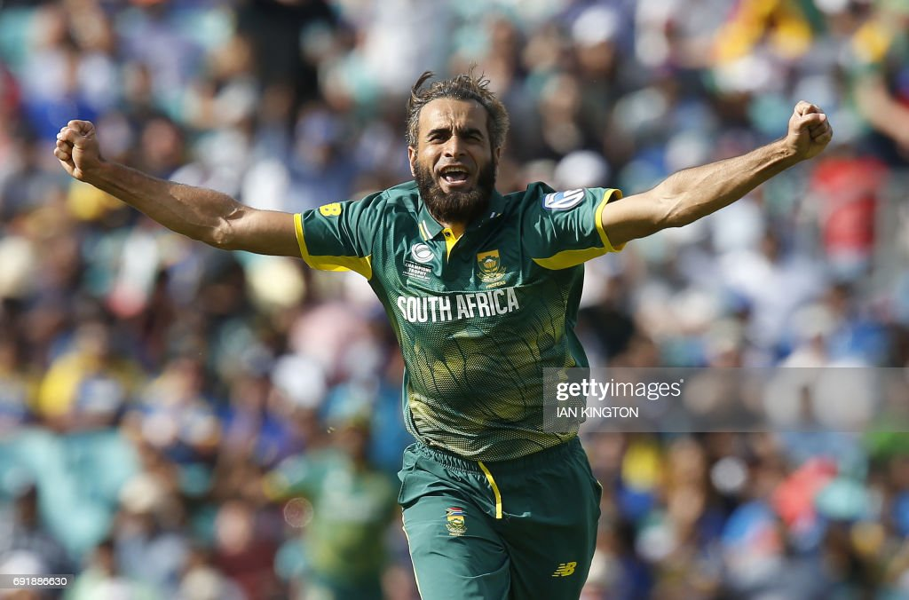 South Africas Imran Tahir celebrates taking the wicket of Sri Lankas Asela Gunaratne for four runs during the ICC Champions Trophy match between South Africa and Sri Lanka at The Oval in London on June 3, 2017. / AFP PHOTO / Ian KINGTON / RESTRICTED