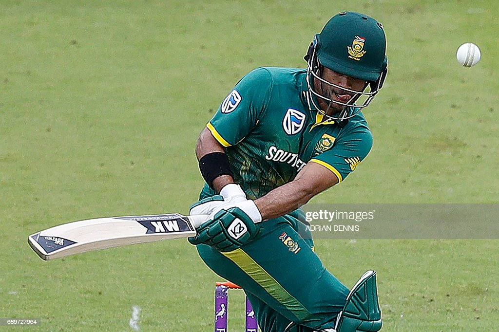 South Africa's JP Duminy plays a shot during the third One-Day International (ODI) cricket match between England and South Africa at Lord's Cricket Ground in London on May 29, 2017. / AFP PHOTO / Adrian DENNIS
