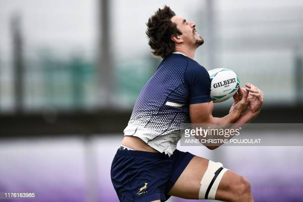 South Africa's lock Eben Etzebeth takes part in a training session at the Fuchu Asahi Football Park in Tokyo on October 16 ahead of their Japan 2019...