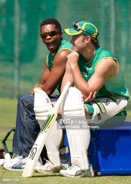 South Africa's Makhaya Ntini and AB deVilliers during a nets session at Newlands Cape Town South Africa