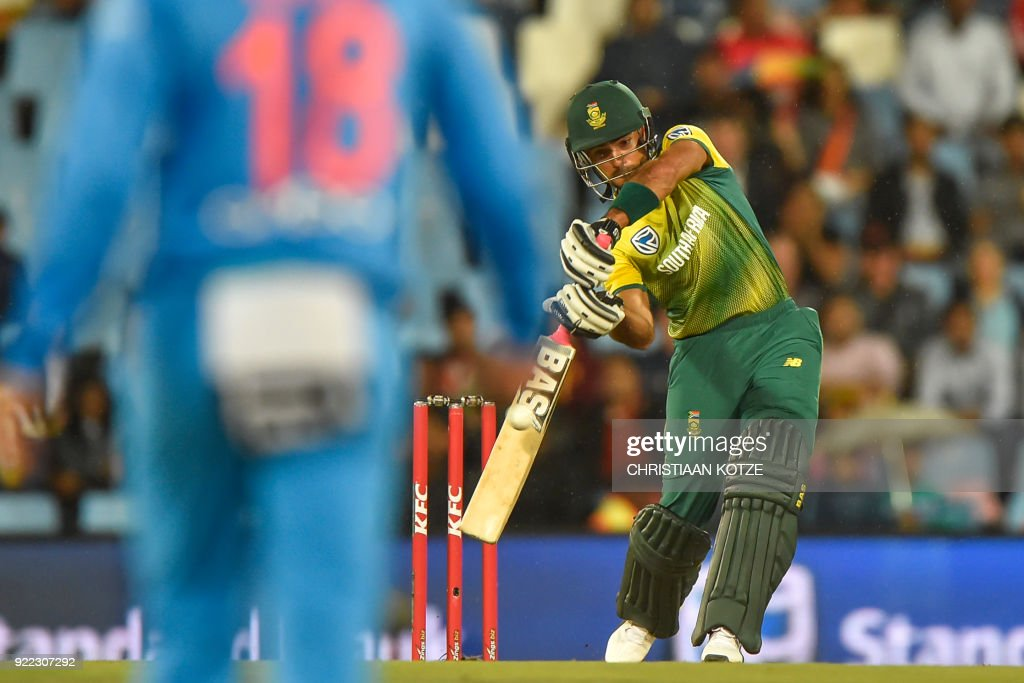 South Africa's Reeza Hendricks bats during the second T20I cricket match between South Africa and India at Super Sport Park Stadium in Pretoria on February 21, 2018. / AFP PHOTO / Christiaan Kotze