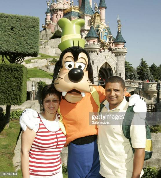 South Africa's Rugby team member Alistair Coetzee and his wife during a visit to Disneyland on September 16 2007 in Paris France