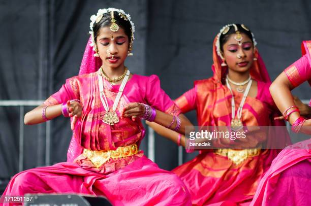 South Asian Dancers