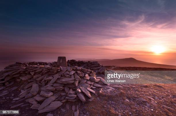 south barrule - isle of man stock pictures, royalty-free photos & images