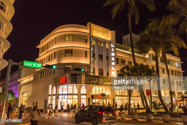 south beach miami florida - lincoln road stock pictures, royalty-free photos & images