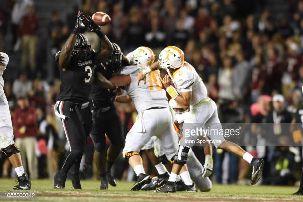 South Carolina Gamecocks defensive lineman Javon Kinlaw blocks a pass by Tennessee Volunteers quarterback Jarrett Guarantano during the college...