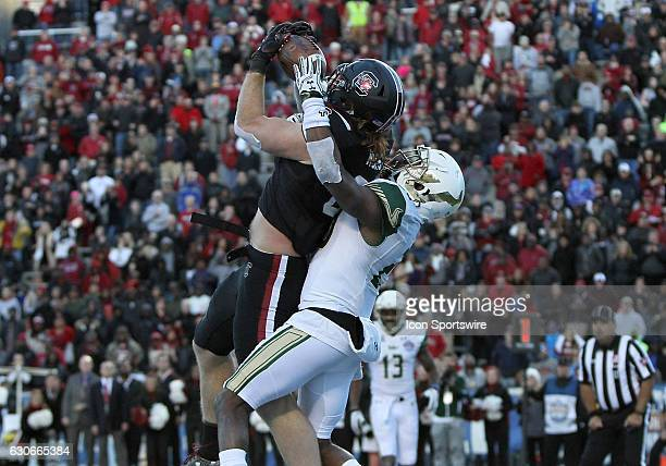 South Carolina Gamecocks tight end Hayden Hurst catches a pass for a 2point conversion during the 2016 Birmingham Bowl between the South Carolina...