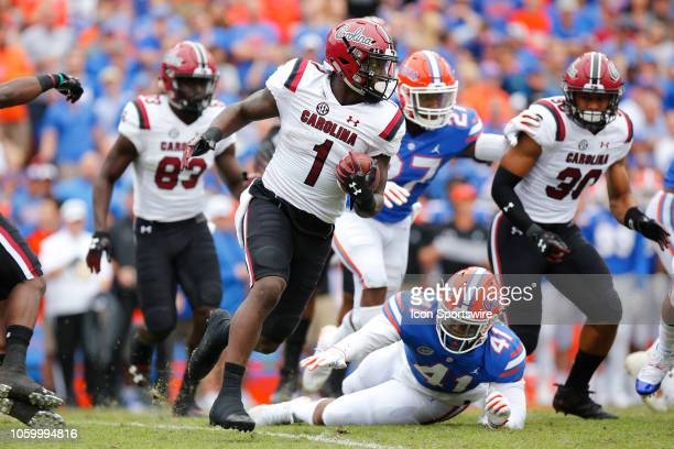 South Carolina Gamecocks wide receiver Deebo Samuel runs with the ball during the game between the SouthCaroline Gamecocks and the Florida Gators on...